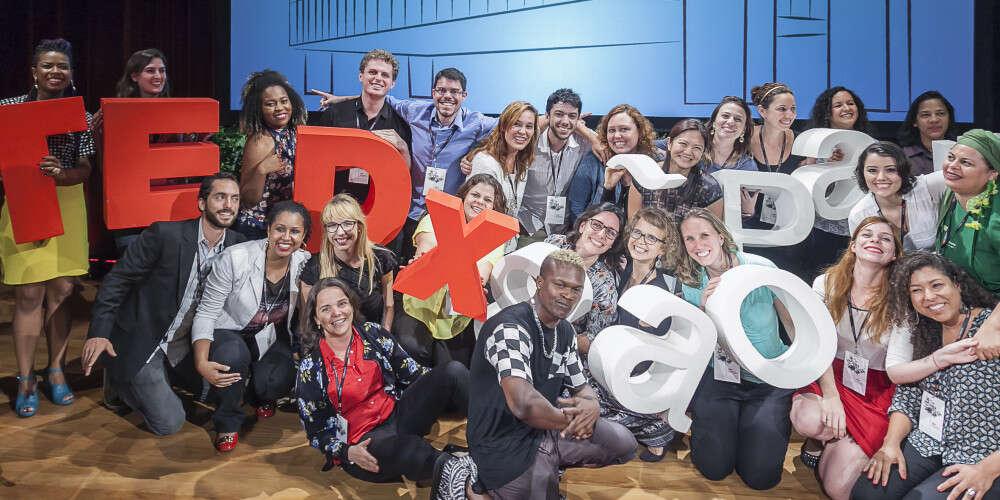 (Português) Aliança Empreendedora leva 60 microempreendedores brasileiros para assistir ao vivo o TEDxSãoPaulo Ideias Empreendedoras no MASP