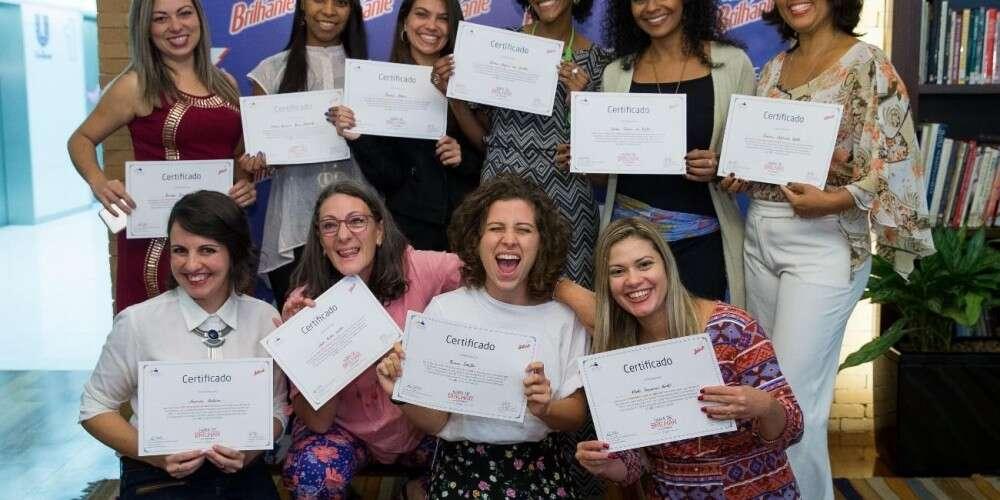 (Português) Conheça as 10 empreendedoras incríveis finalistas do concurso Hora de Brilhar 2016