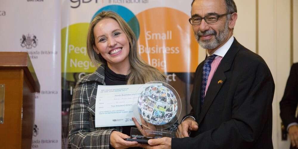 Empreendedora apoiada pela Aliança Empreendedora conquista premiação internacional