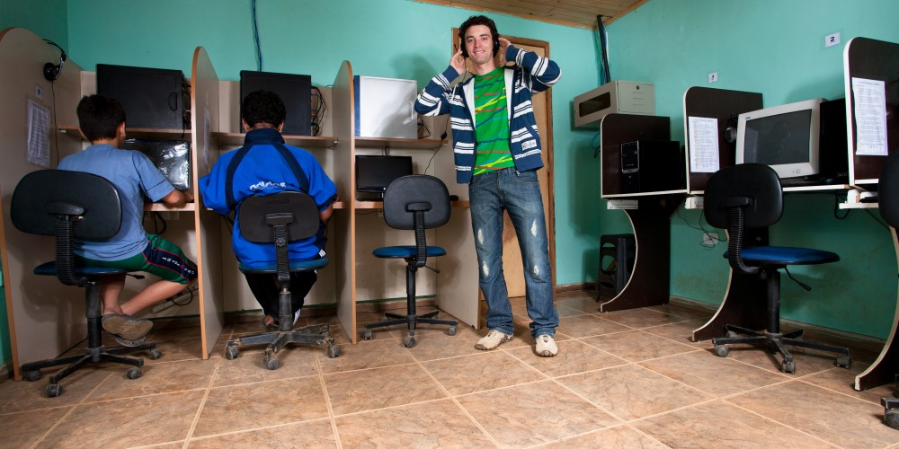 (Português) Potência e criatividade do jovem empreendedor das periferias