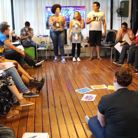 (Português) Pense Grande Incubação, para jovens empreendedores, inicia suas atividades